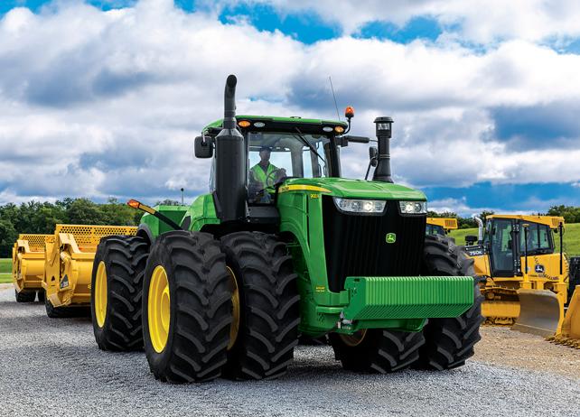 Scraper Special Tractor | 9570R | John Deere US