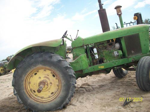 Salvaged John Deere 5010 tractor for used parts | EQ-18868 ...