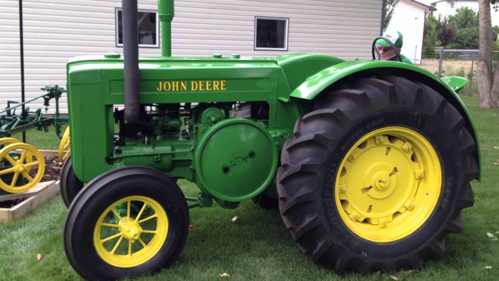 Starting & Driving 1945 John Deere Model D Tractor - YouTube