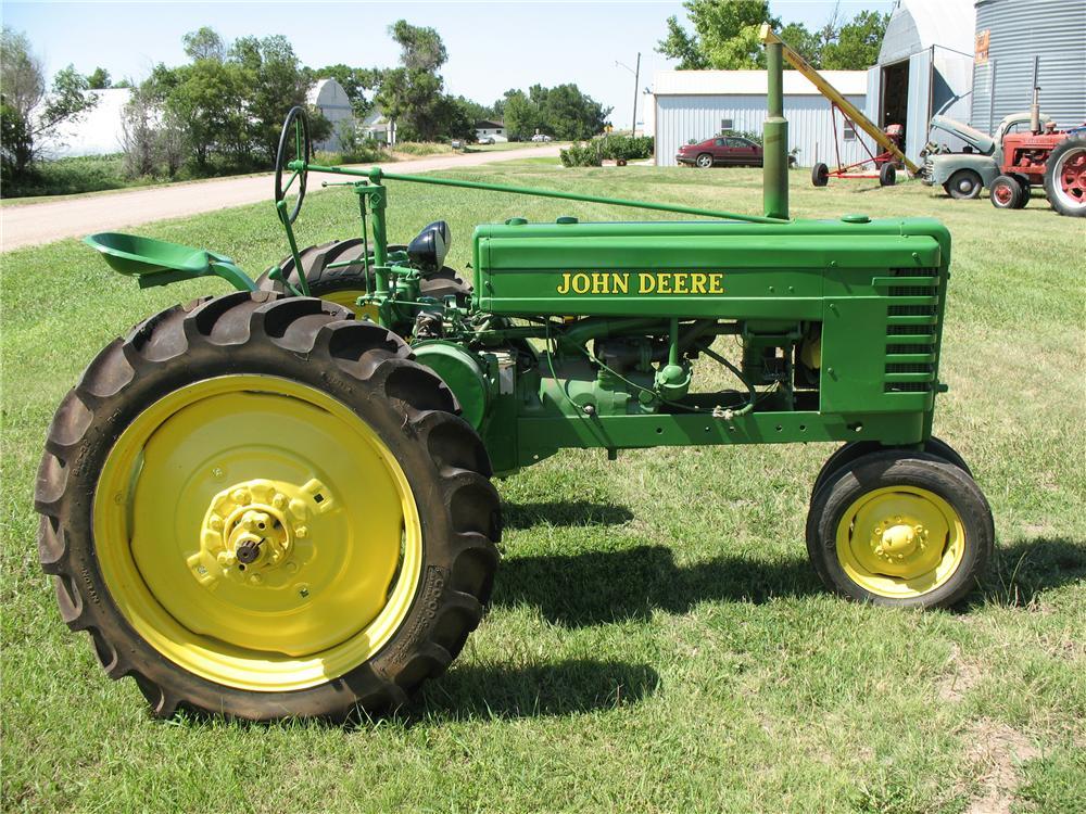 1946 JOHN DEERE H TRACTOR - 93472