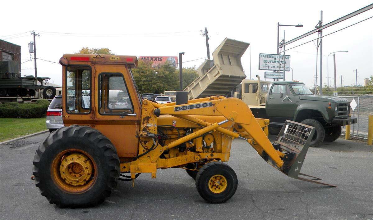 John Deere Model JD401-A Industrial Loader Tractor
