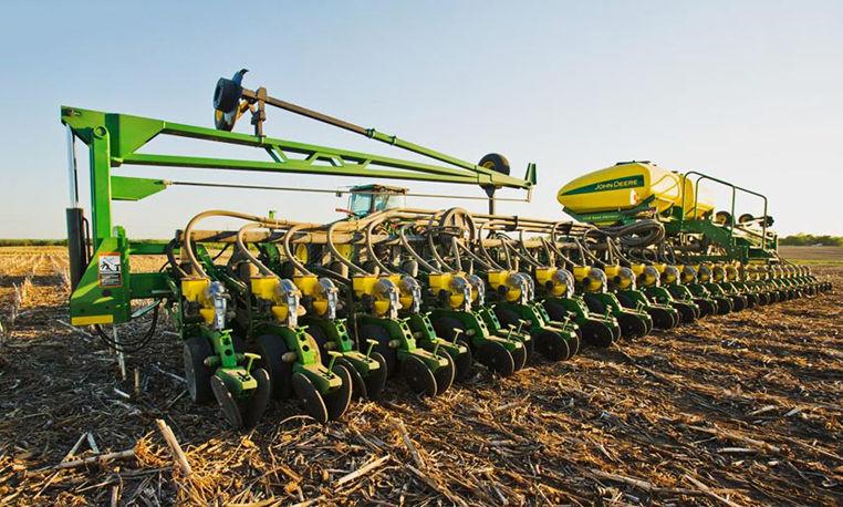 John Deere DB Planter Series | Planters | John Deere US
