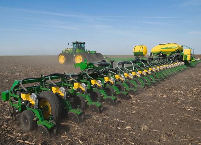 John Deere DB120 Planter DB Planter Series Planters ...