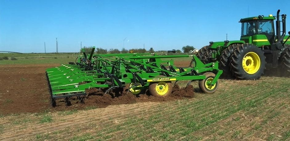 Primary Tillage / Agriculture / John Deere / SWAZITRAC