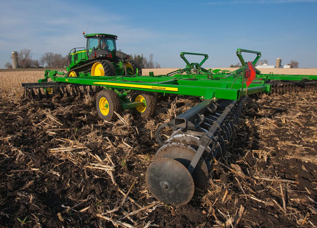 Readying the Seedbed with John Deere Secondary Tillage ...