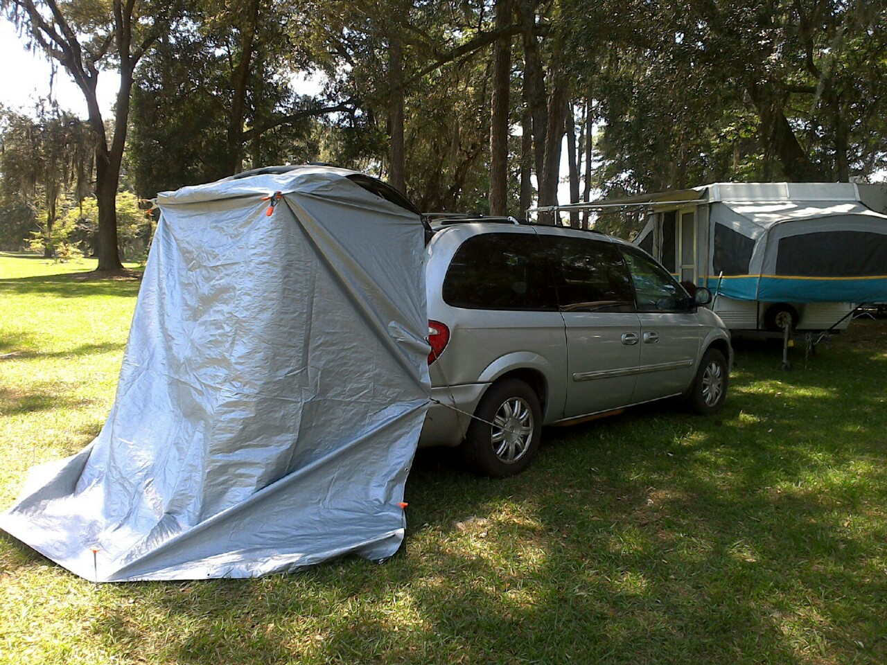 Poor Man's Tailgate Tent If a tailgate tent isn't in your ...