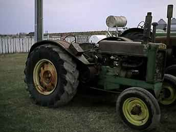 Used Farm Tractors for Sale: John Deere Unstyled Ar ...