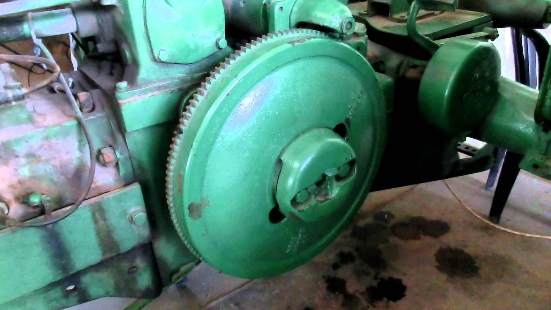 Close look at a Restored 1930s John Deere with 2 cylinders ...
