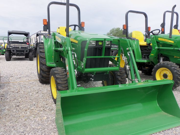 John Deere 3032E with D160 loader. I have this with the 305 loader ...