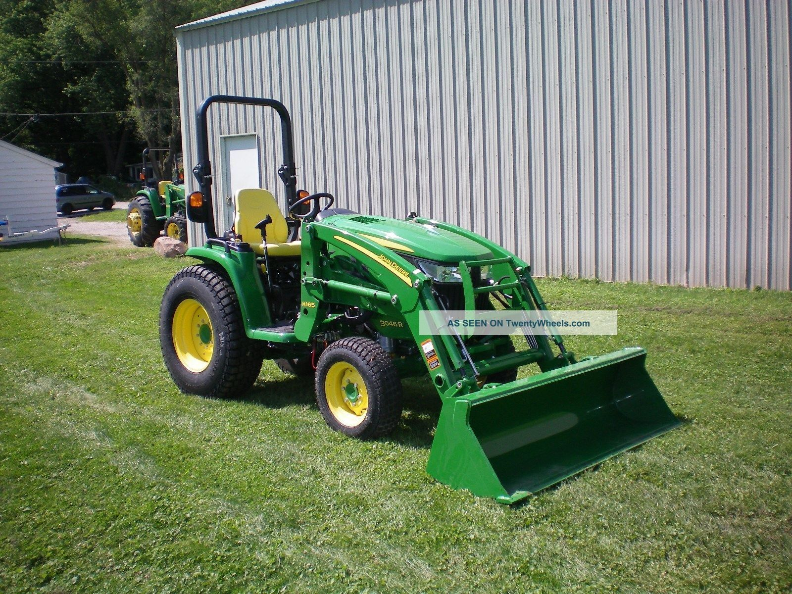 John Deere 3046r Compact Tractor With H165 Loader Tractors photo