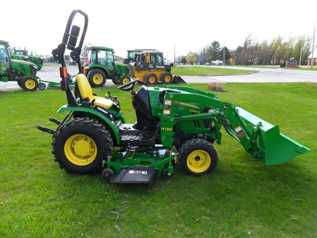 John Deere 2025R Compact Utility Tractors for Sale | [58016]