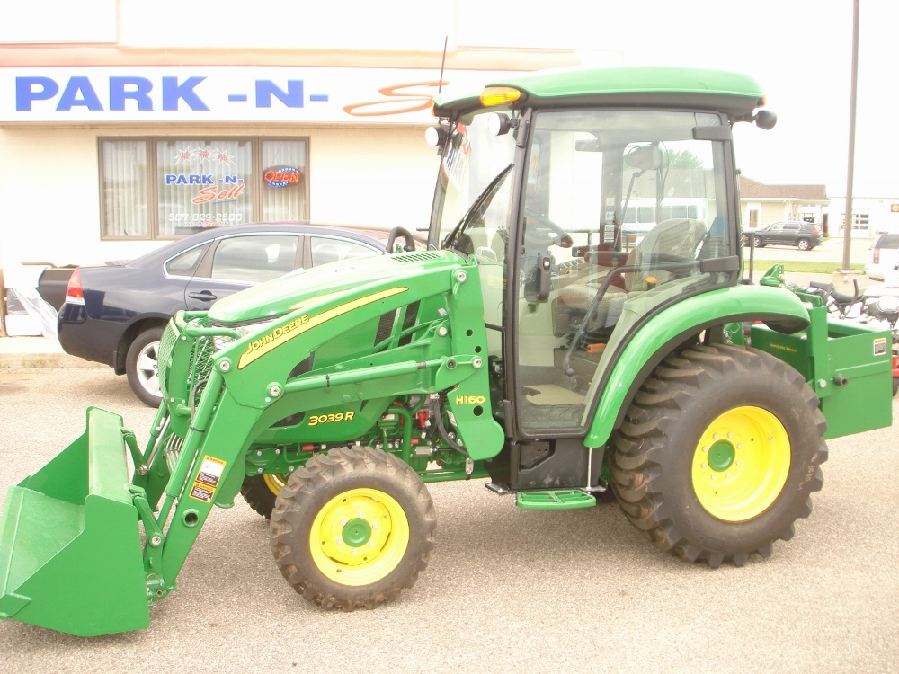 ... here: Home / Products / 2015 John Deere 3039R compact utility tractor