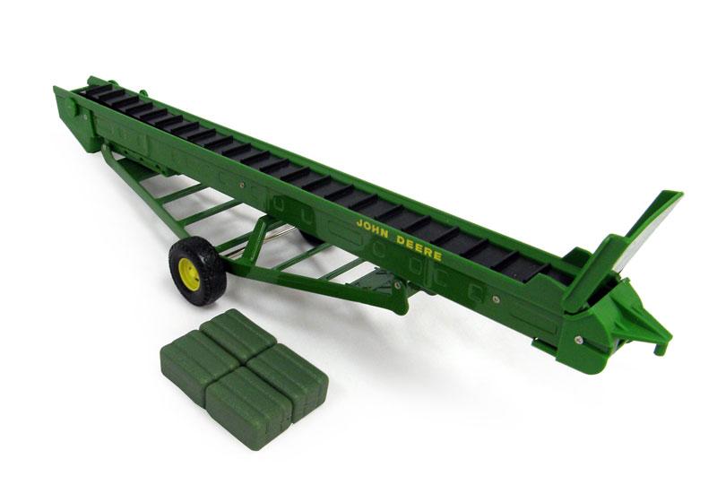 ... Toys - ERTL - 45428 - John Deere Hay Elevator with Moving Conveyor