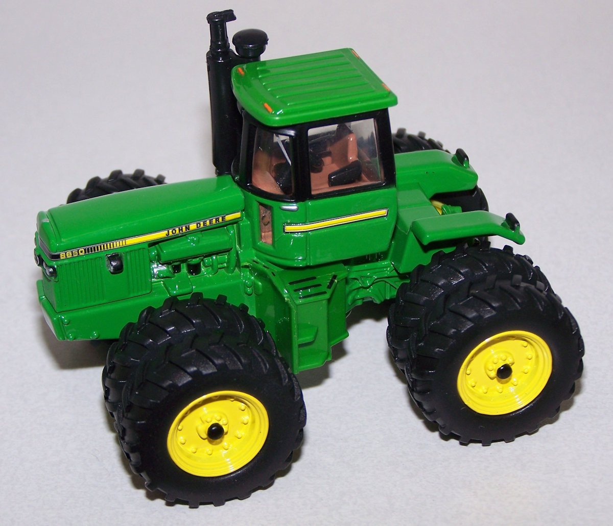 16305A 1/64 John Deere 8650 4WD Tractor - 2016 National Farm Toy Show ...