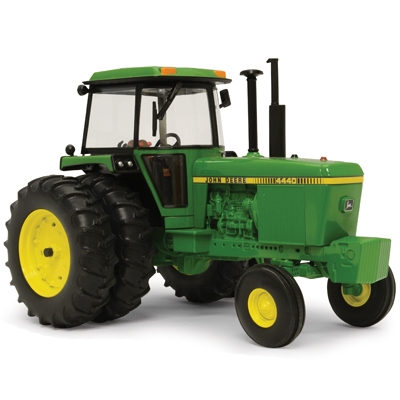 ERTL 1/16 Prestige Collection John Deere 4440 Tractor   WeGotGreen.com