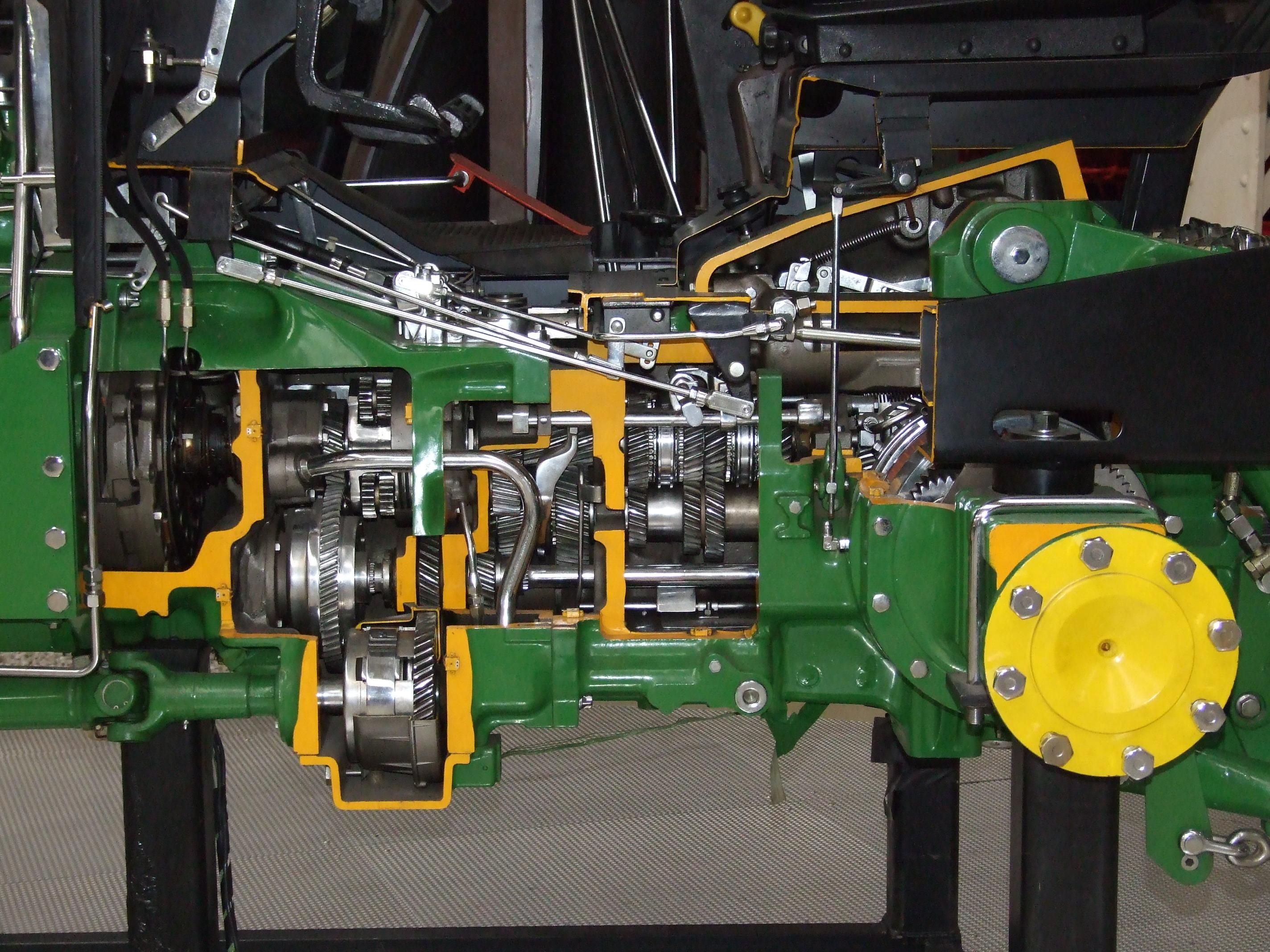 File:John Deere 3350 tractor cut transmission.JPG - Wikipedia