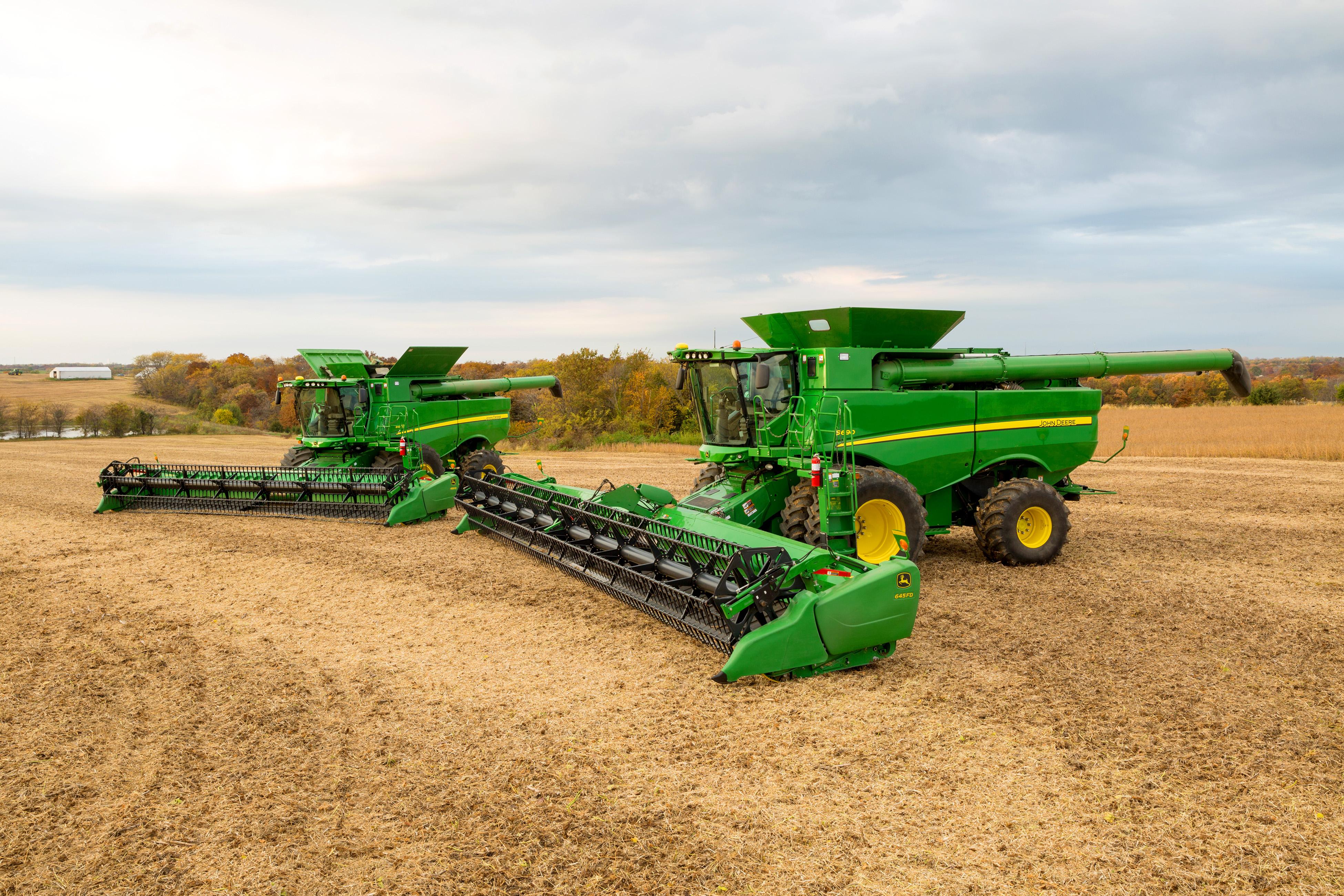 John Deere Announces Extensive Enhancements to Harvesting Equipment