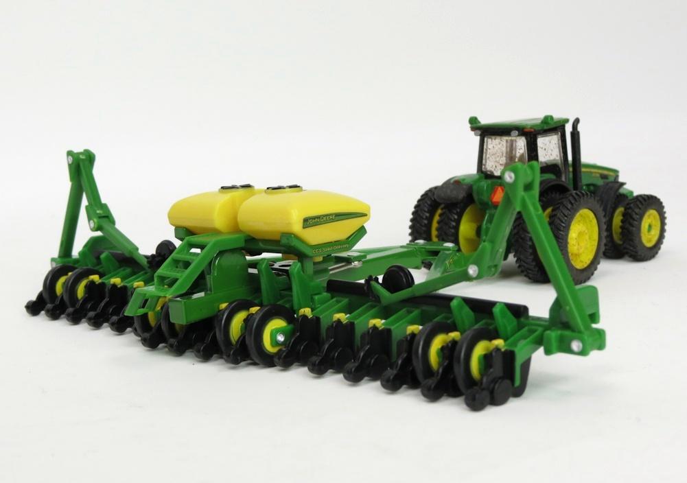 Farm Toy Replicas > John Deere > John Deere Implements >